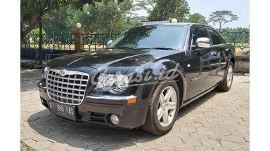 2011 Chrysler 300 Platinum V6 Luxury - Pajak Panjang Mewah Siap Pakai