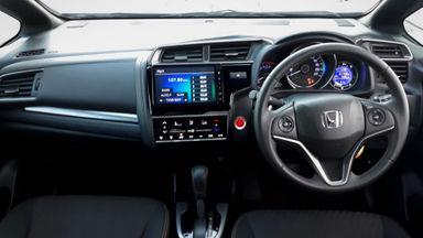 2018 Honda Jazz RS - Mobil Pilihan (s-4)