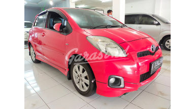 2013 Toyota Yaris S Limited