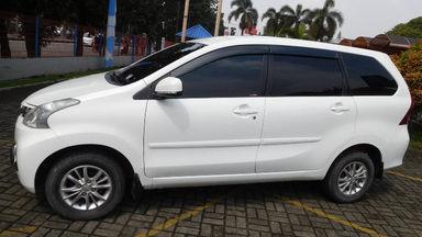 2012 Daihatsu Xenia R DELUXE 1.3 - Warna Favorit, Harga Terjangkau (s-13)