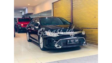 2016 Toyota Camry V - Harga OTR
