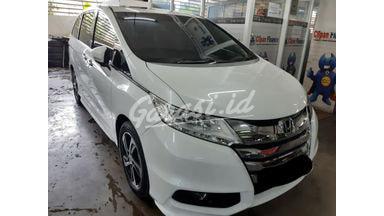 2015 Honda Odyssey 2.4 - Siap Pakai