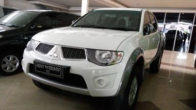 2014 Mitsubishi Strada 2.5 - SIAP PAKAI !