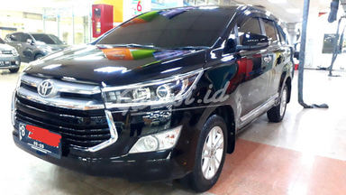 2020 Toyota Kijang Innova V - Mobil Pilihan