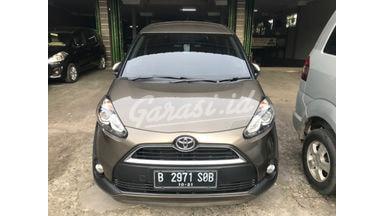 2016 Toyota Sienta V CVT - Km Rendah Barang Cakep