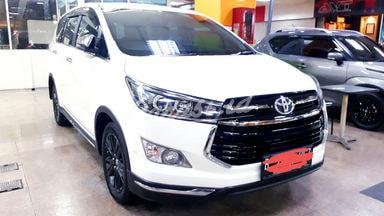 2019 Toyota Kijang Innova Venturer 2.4 - Mobil Pilihan