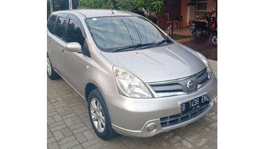 2012 Nissan Livina SV - milik pribadi siap pakai