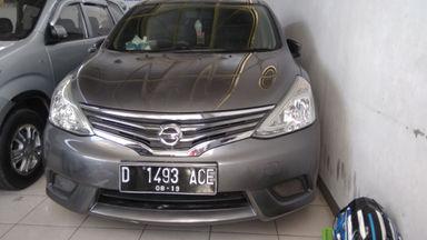 2014 Nissan Grand Livina . - Mulus Terawat