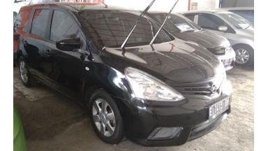 2013 Nissan Livina . - Unit Istimewa