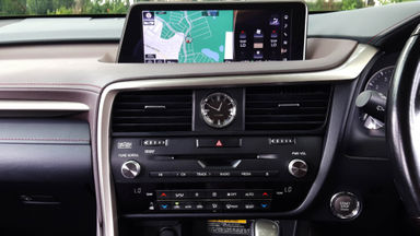 2015 Lexus RX 200T - Mobil Pilihan (s-4)
