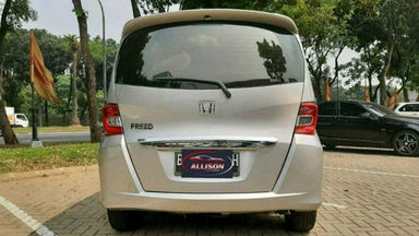 2014 Honda Freed PSD - istimewa (s-5)