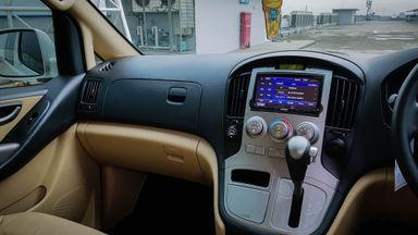 2015 Hyundai H-1 Elegance - Mobil Pilihan (s-4)