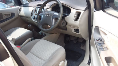 2014 Toyota Kijang Innova G - Good Condition, siap pakai (s-6)