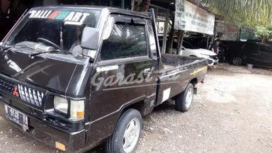 1992 Mitsubishi L300 PICK UP - UNIT TERAWAT, SIAP PAKAI