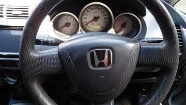 2006 Honda Jazz IDSI 1.5 MT - Bekas Berkualitas (s-6)