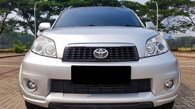 2013 Toyota Rush G - Mobil Pilihan (s-0)
