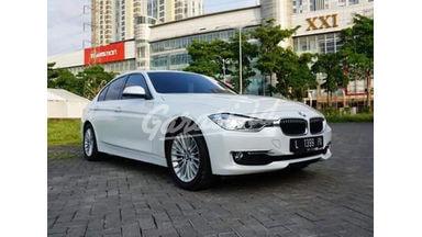 2015 BMW 3 Series Luxury 2.0 Triptonic - Langsung Tancap Gas