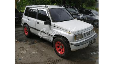 1994 Suzuki Escudo JLX - Body Mulus dicari cepat over kredit paling murah