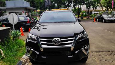 2016 Toyota Fortuner VRZ 2.4 - Mobil Pilihan (s-1)