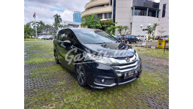 2016 Honda Odyssey E Prestige - Bekas Berkualitas