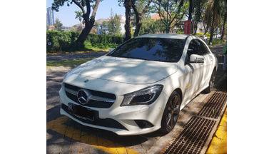 2014 Mercedes Benz CLA-Class Urban - Low Km Like New