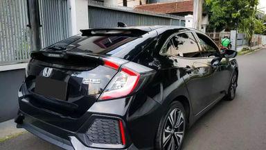 2018 Honda Civic 1.5 Turbo - Mobil Pilihan (s-3)