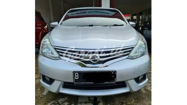 2015 Nissan Grand Livina XV 1.5  AT ( Matic )