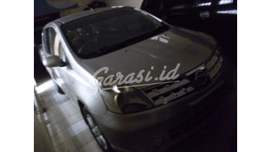 2008 Nissan Livina mt - Terawat Siap Pakai