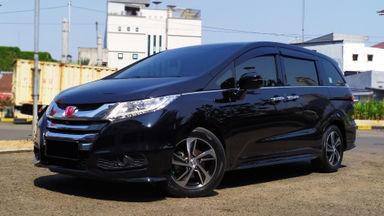 2014 Honda Odyssey Prestige - istimewa