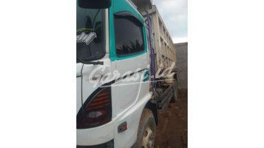 2013 Hino Dump Truck fm 260 jd - hino dump truk