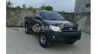 2009 Toyota Hilux E - Milik pribadi siap pakai