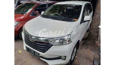 2015 Daihatsu Xenia E - Mobil Pilihan