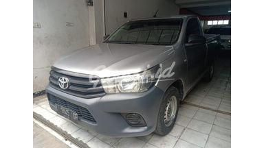 2015 Toyota Hilux single cabin - Kondisi Ciamik