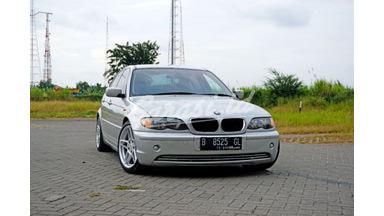 2002 BMW 318i E46