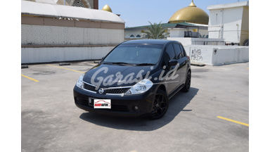 2007 Nissan Latio Hatcback