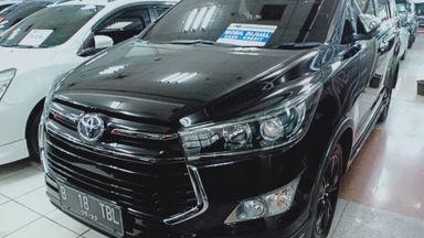 2017 Toyota Kijang Innova Venturer - Harga Istimewa (s-0)