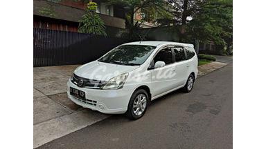 2012 Nissan Grand Livina sv