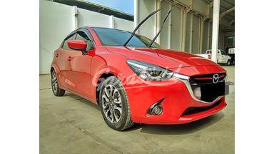 2016 Mazda 2 R - Mobil Pilihan
