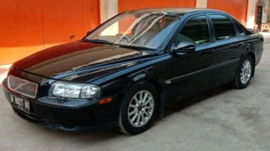 2002 Volvo S80 2.5 - good condition