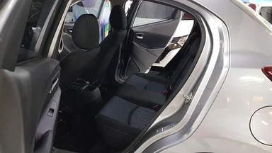 2014 Mazda 2 1.5 R - Istimewa Siap Pakai (s-1)