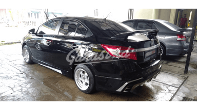 2013 Toyota Limo TRD - Menerima Cicilan