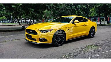 2016 Ford Mustang GT 5.0 - Mobil Pilihan (s-0)