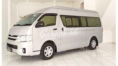 2018 Toyota Hiace Commuter - Like New