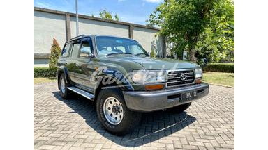1997 Toyota Land Cruiser VXR80
