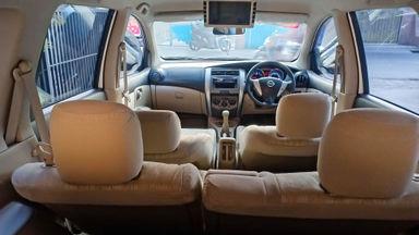 2014 Nissan Grand Livina SV - Mobil Pilihan (s-5)