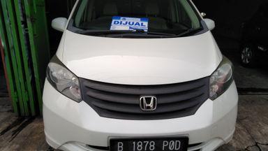 2012 Honda Freed sd - Barang Mulus dan Harga Istimewa