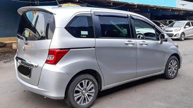 2014 Honda Freed PSD - Mobil Pilihan (s-3)
