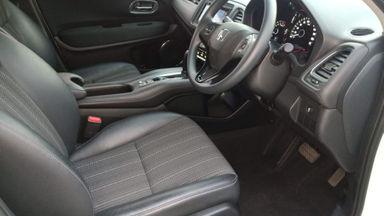 2017 Honda HR-V E CVT - Siap Pakai Dan Mulus (s-11)