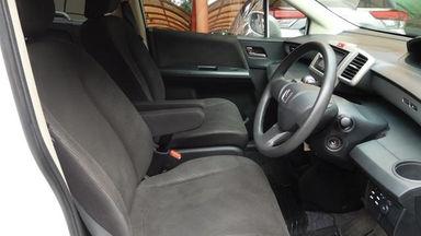 2013 Honda Freed PSD 1.5 AT AC DOUBLE - Barang Istimewa Dan Harga Menarik (s-7)