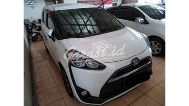 2016 Toyota Sienta at - SIAP PAKAI!